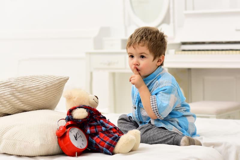 When to Move Your Child from a Crib to a Bed